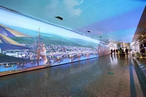 时空隧道体验空间设计实际案例效果图2