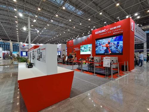 广州数控特装展位设计案例的现场图2